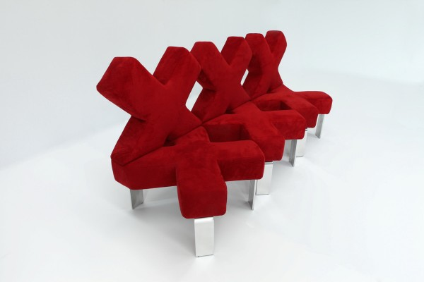 Florence Design Week 2012: Dima Loginoff kisses sofia