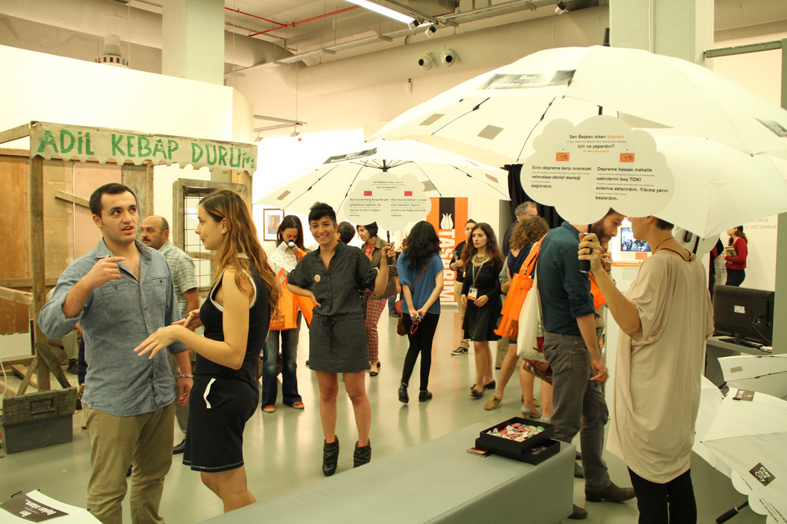 istambul  Istambul Design Biennal: Adhocracy istambul
