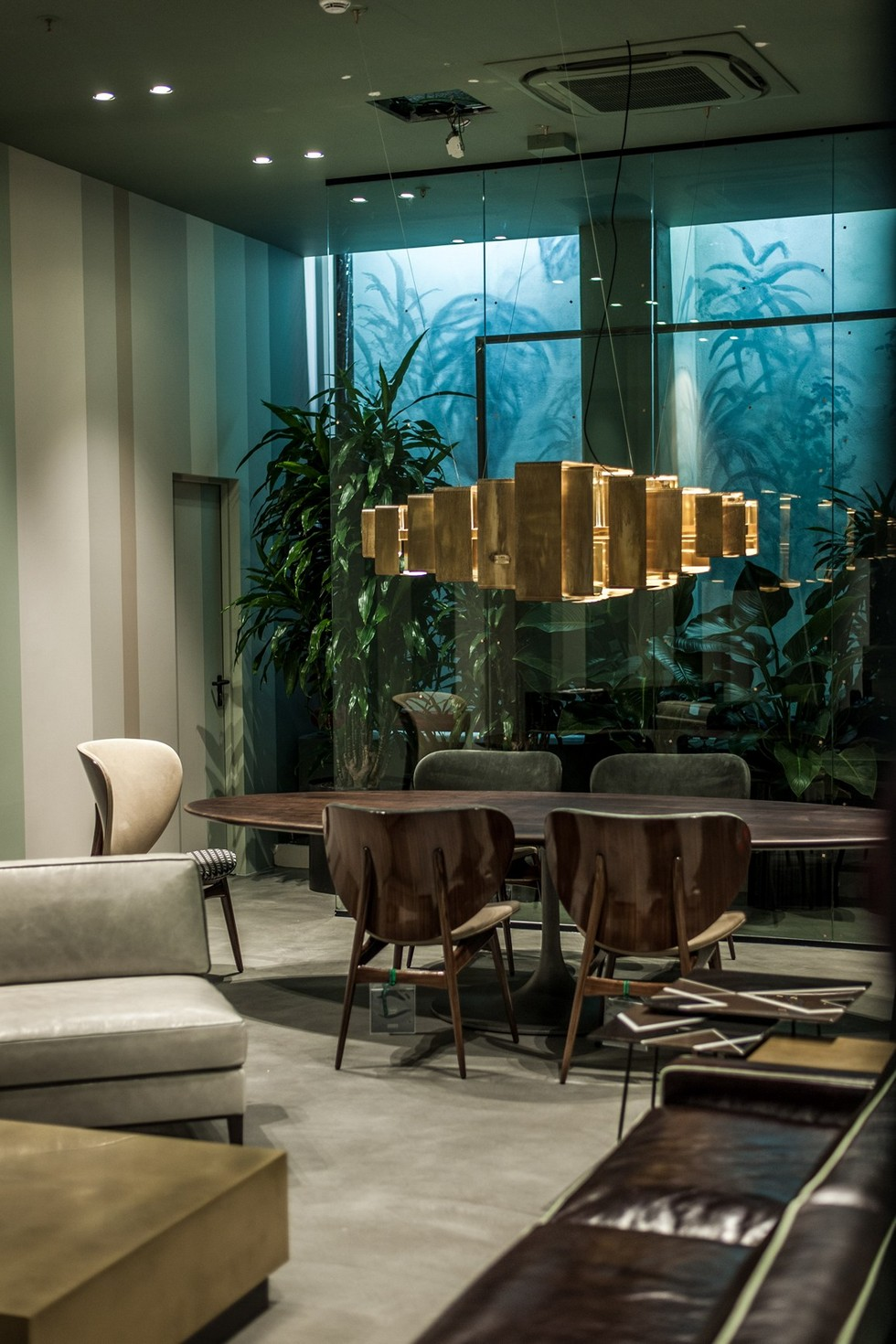 Design News: Baxter New Furniture Store in Milan furniture store in milan Design News: Baxter New Furniture Store in Milan Design News Baxter New Furniture Store in Milan 5
