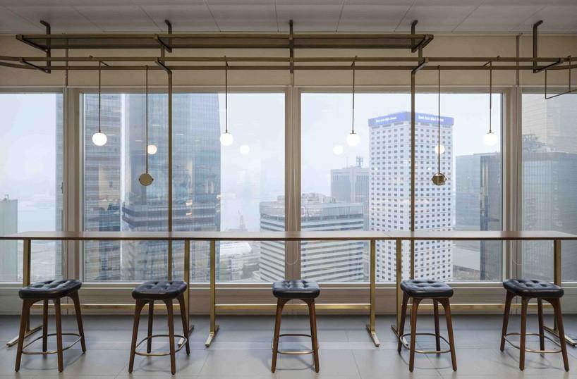 Neri & Hu Creates 'Stair of Encounters' Inside Bloomberg's HK Office