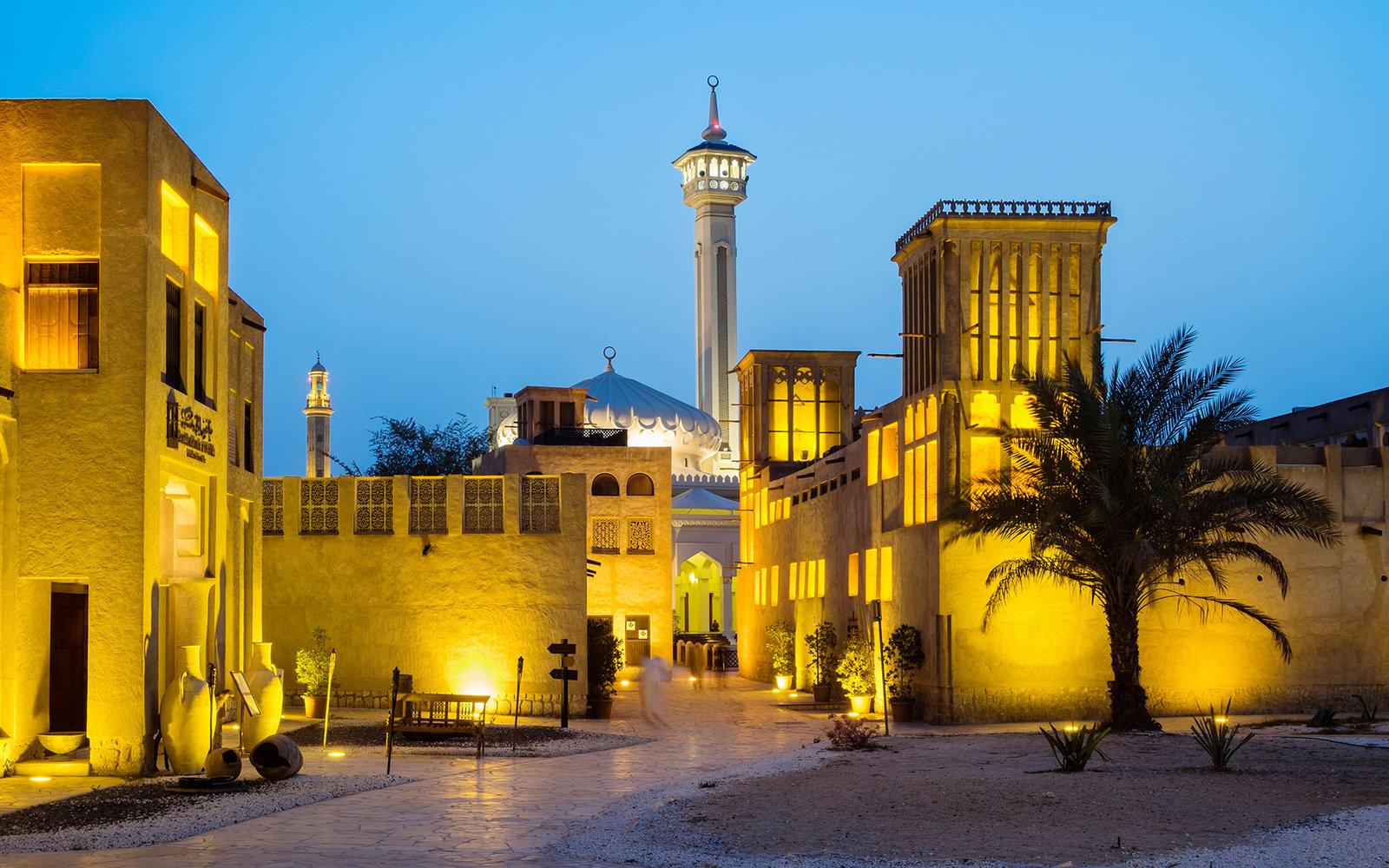dubai Dubai: Design meets History bastakiya dubai du1215