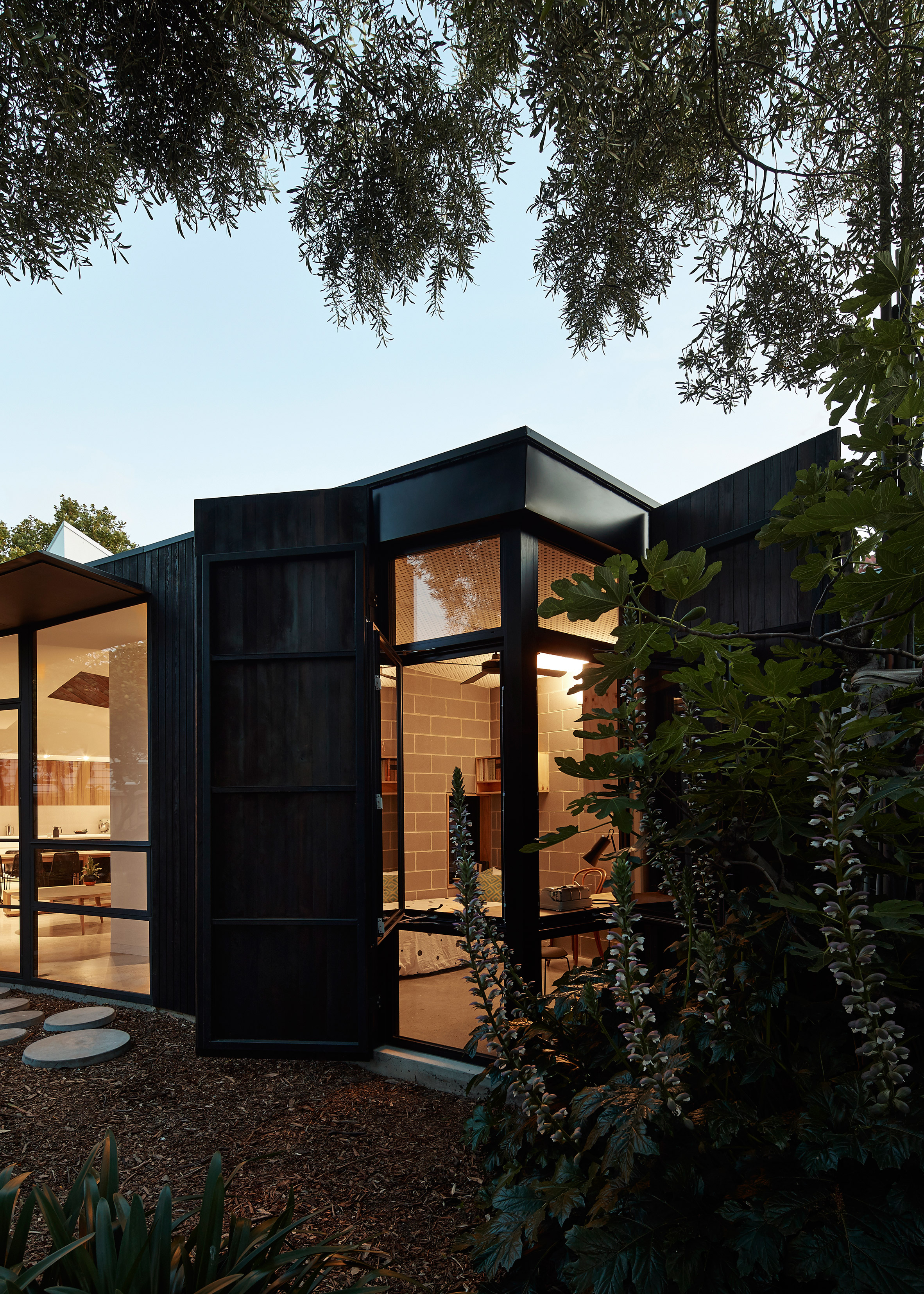 Bloxas Architecture Designs Wood House for Sleeping-Disorder Sufferer bloxas architecture Bloxas Architecture Designs Wood House for Sleeping-Disorder Sufferer Bloxas Architecture Designs Wood House for Sleeping Disorder Sufferer 3