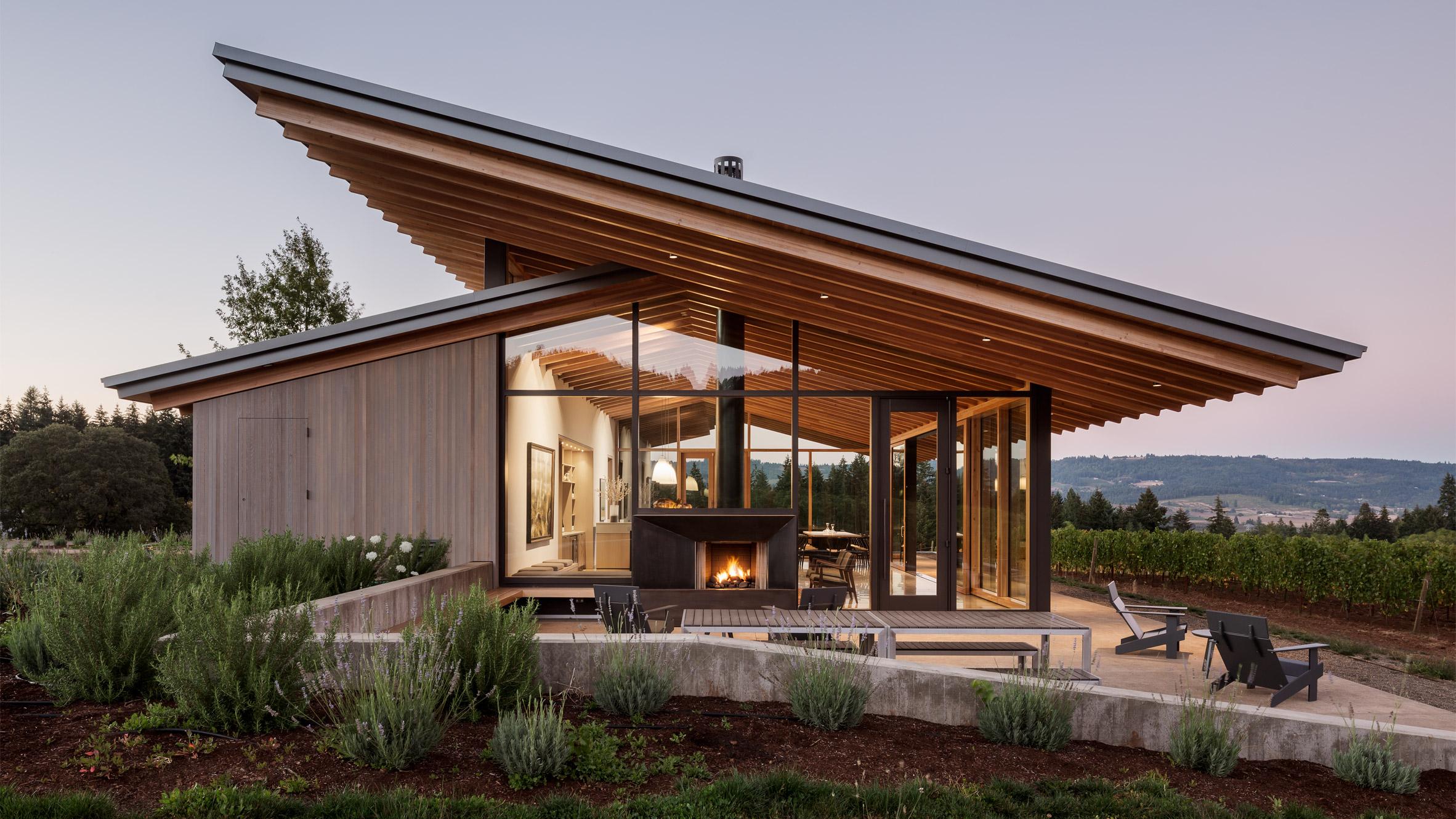 Lever Architecture designs Stunning Wine Tasting Room in Oregon