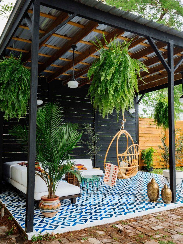 The 3 Biggest Outdoor Design Trends For Summer 2017 outdoor design trends The 3 Biggest Outdoor Design Trends For Summer 2017 The 5 Biggest Outdoor Design Trends For Summer 2017 Outdoor Tiling