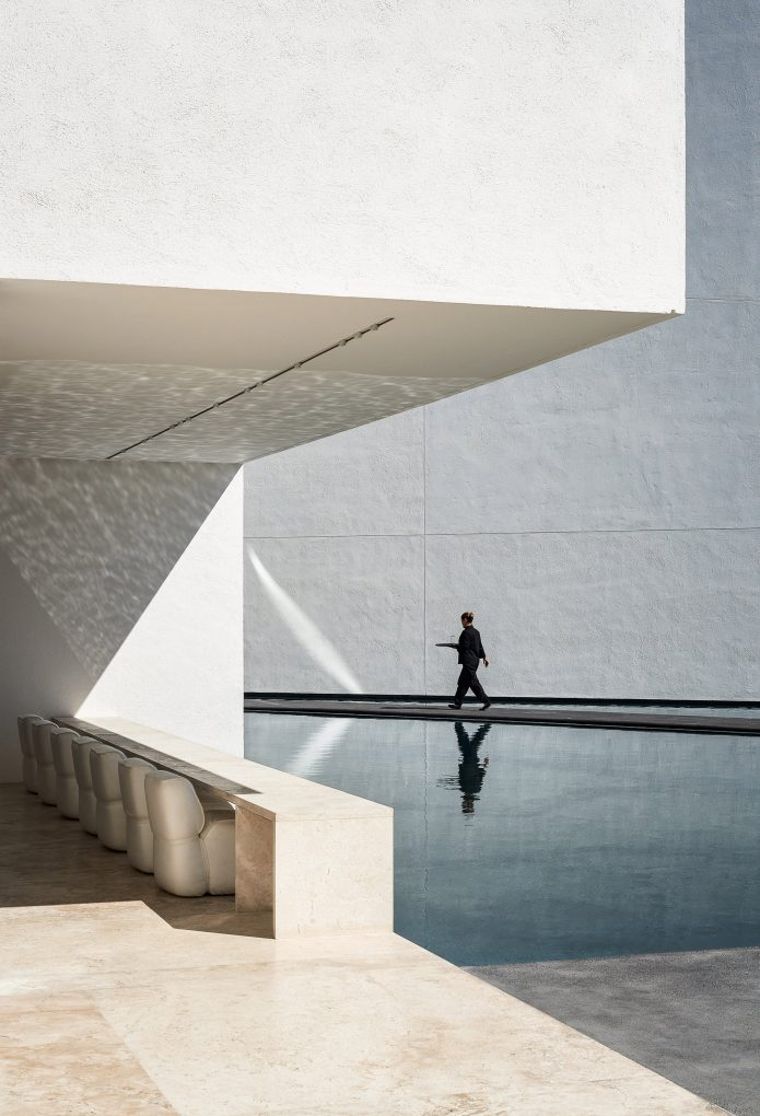 Hotel Mar Adentro by Taller Aragonés Surrounded by Expansive Pools hotel mar adentro Hotel Mar Adentro by Taller Aragonés Surrounded by Expansive Pools Hotel Mar Adentro by Taller Aragon  s Surrounded by Expansive Pools 3