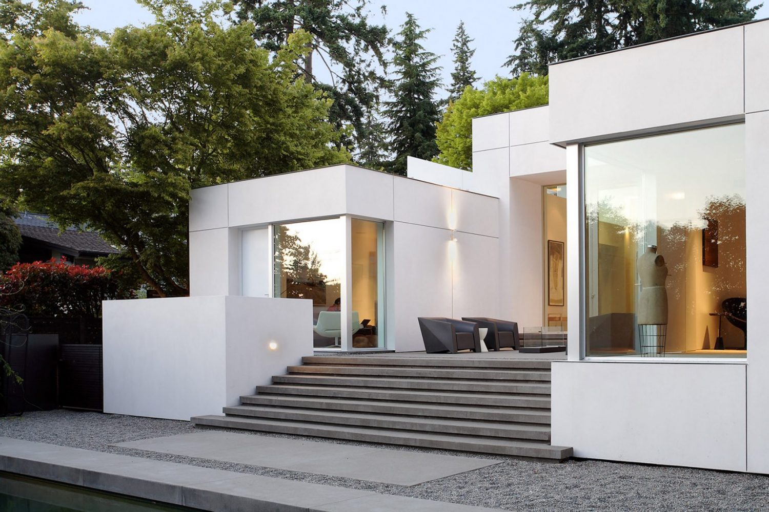 Modern Oasis by SkB Architects Features Gallery-Like Aesthetic Modern Oasis by SkB Architects Modern Oasis by SkB Architects Features Gallery-Like Aesthetic Modern Oasis by SkB Architects Features Gallery Like Aesthetic 6