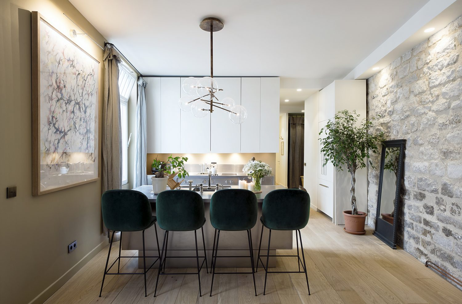 10surdix Project by 10surdix features Iconic Mid-century Modern Furnishings Project by 10surdix features Iconic Mid century Modern Furnishings 6