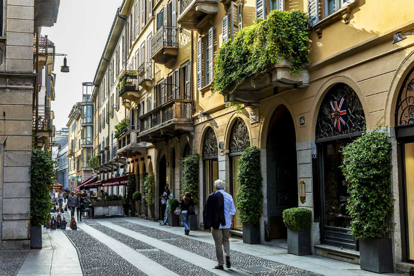 Visiting Milan in 2018? Then You Need To Follow This Design Guide  design guide Visiting Milan in 2018? Then You Need To Follow This Design Guide Visiting Milan in 2018 Then You Need To Follow This Design Guide 14
