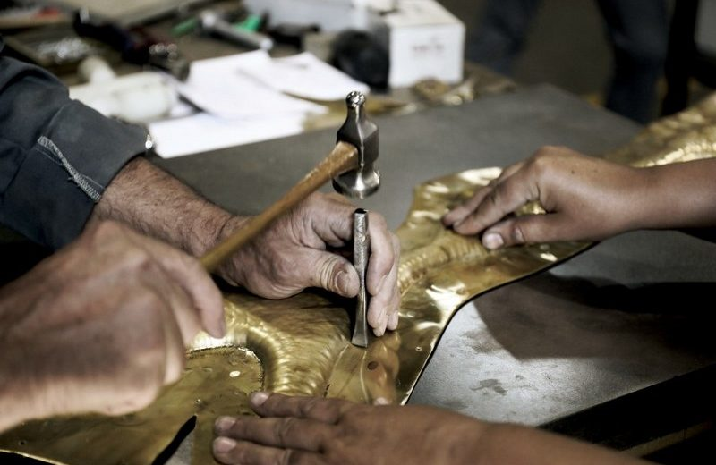 The Art of MetalWork Applied to The Furniture WOrld metalwork The Art of MetalWork Applied to The Furniture World Discover How Metal Work Can Add an Aesthetic Look to Furniture Designs 3