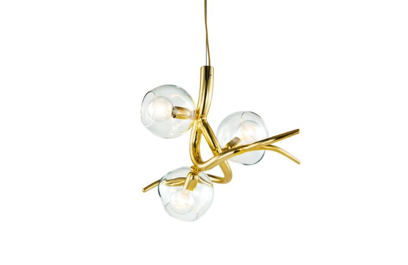 The Amazing Showcase of Brand van EGMOND at Decorex brand van egmond The Amazing Showcase of Brand van EGMOND at Decorex brandvanegmond Ersa collection chandelier ERSA3BR GLCLE brass high gloss finish white background 2