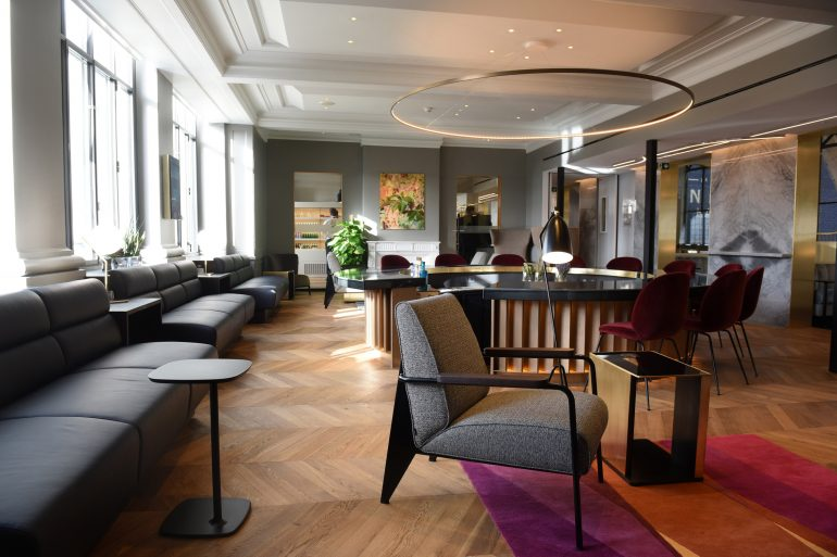 eurostar lounge in paris London Studio Softroom designs luxurious Eurostar Lounge in Paris London Studio Softroom designs luxurious Eurostar Lounge in Paris 3 770x513
