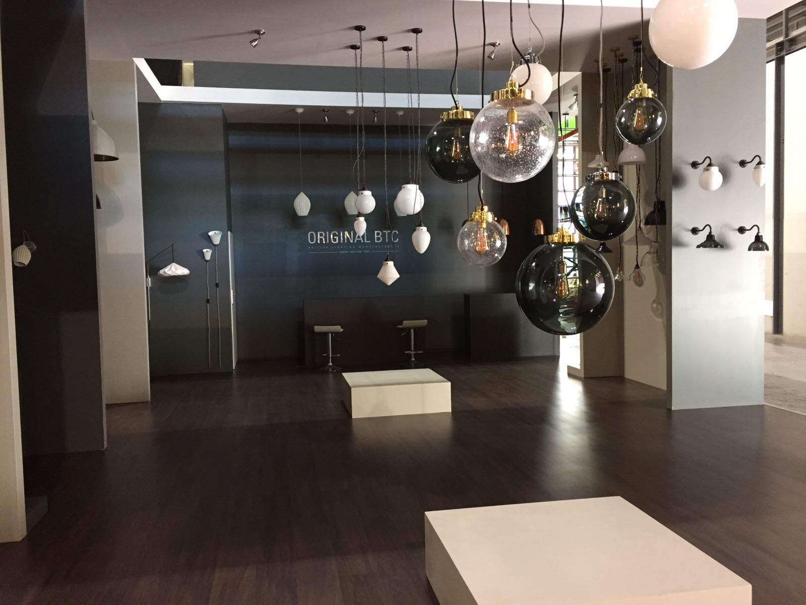 isaloni 2017 Must-See Lighting Exhibitions at ISaloni 2017 Must See Lighting Exhibitions at ISaloni 2017 4