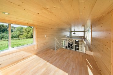 Escape One XL a two-storey micro home on wheels escape one xl Escape One XL: a two-storey micro home on wheels Escape One XL a two storey micro home on wheels6 370x247