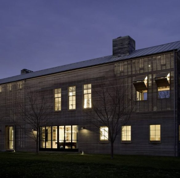leroy street studio Louver House by Leroy Street Studio Features Slatted Timber Facades Louver House by Leroy Street Studio Features Slatted Timber Facades 2 585x576