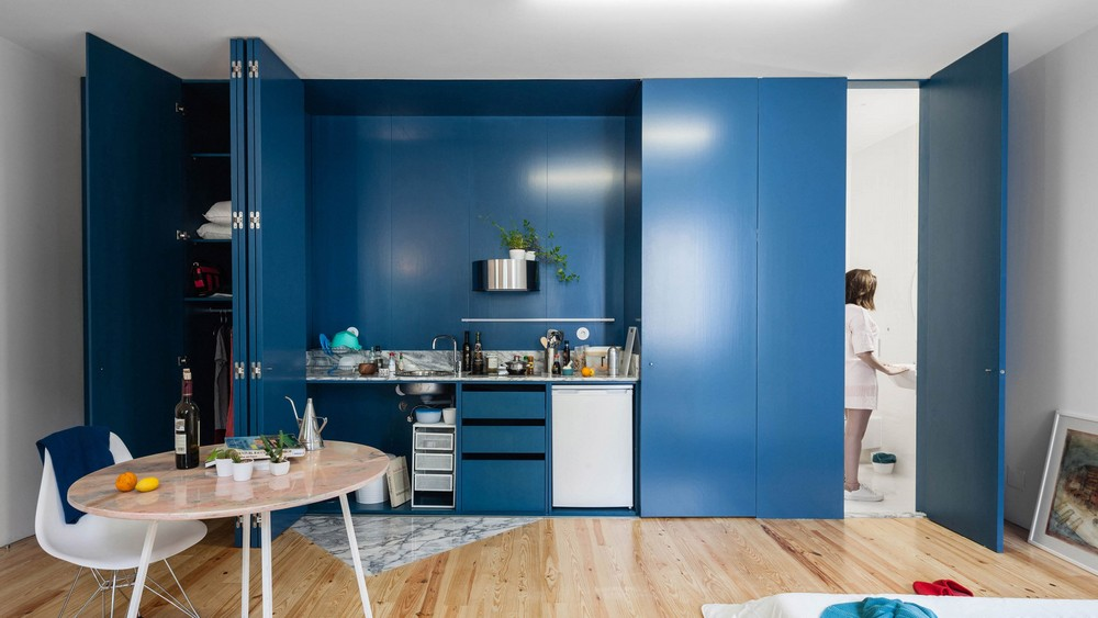 Fala Atelier designs Apartment in Porto Features Deep Blue Shutters fala atelier Fala Atelier designs Apartment in Porto Features Deep Blue Shutters fala 1