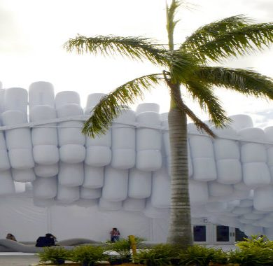 Design Miami 2017 Promotes Solidarity With Humanitarian Prize!