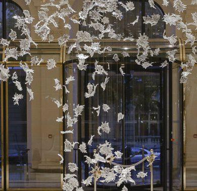 singular luxury Singular Luxury It´s Personified In Brabbu's Two New Wall Mirrors DANCING LEAVES Lasvit 198023 rel5d73c376 390x379