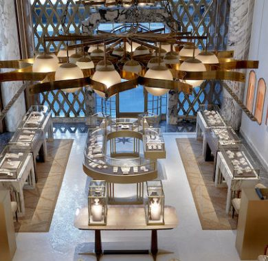 Step Inside Bulgari's Renovated Store in NYC Designed by Peter Marino isaloni 2018 Get Ready for iSaloni 2018 Moscow Peter Marino Renovates Bulgari New York 1 390x380
