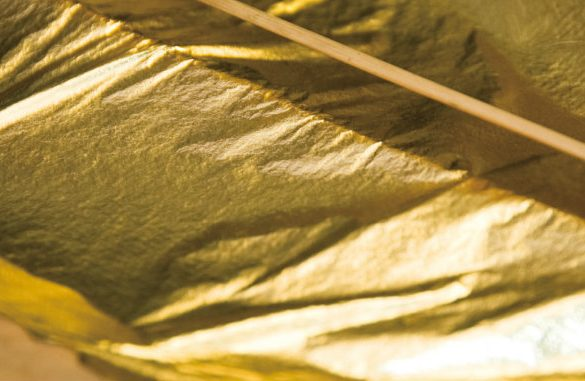 Leaf Gilding The Amazing World of the Leaf Gilding Technique kanazawa gold leaf 585x381
