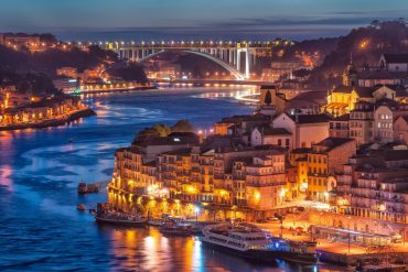 porto Welcome to Porto! Explore With Us The Magical City 446a85f526bb401e5debf6548de0e11b 370x247