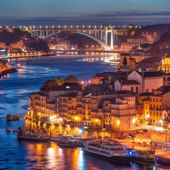 porto Welcome to Porto! Explore With Us The Magical City 446a85f526bb401e5debf6548de0e11b 585x585
