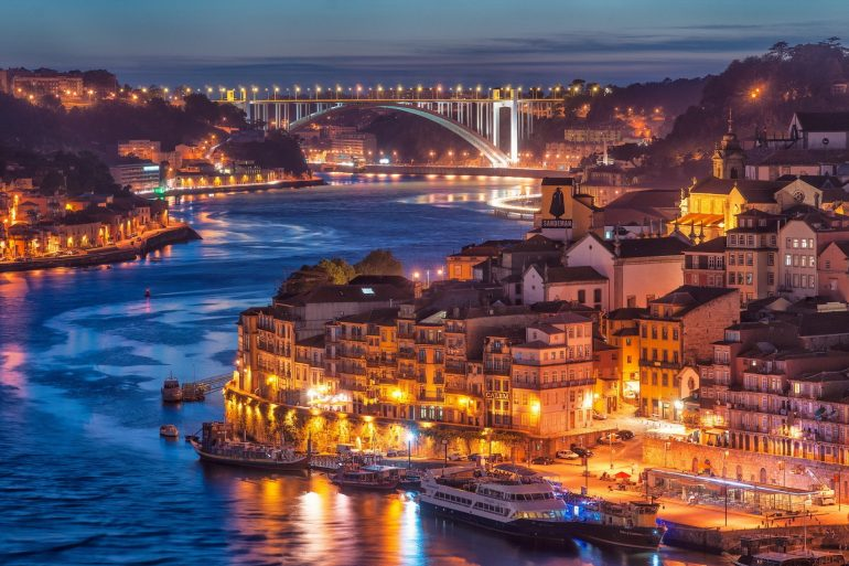porto Welcome to Porto! Explore With Us The Magical City 446a85f526bb401e5debf6548de0e11b 770x513