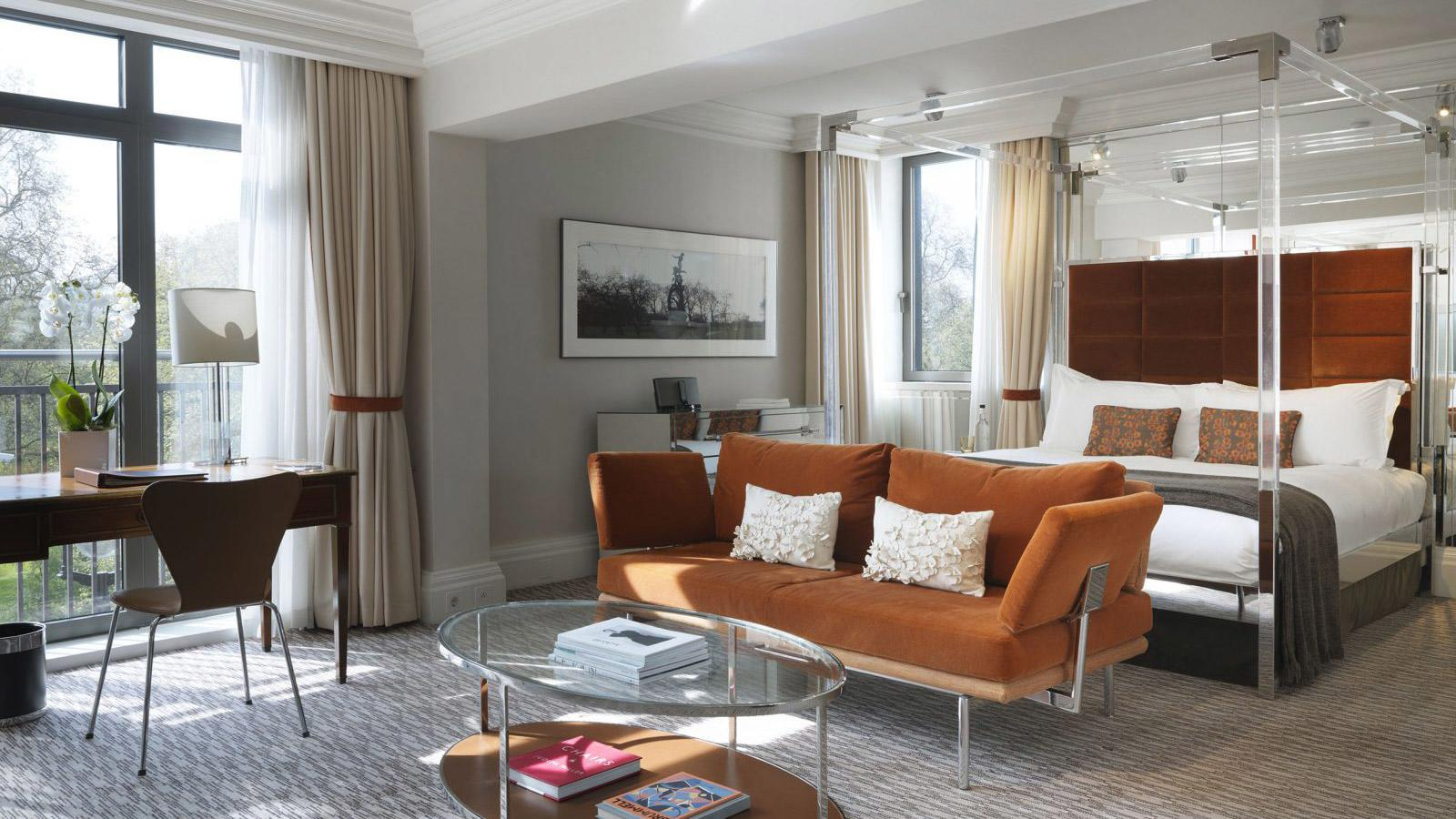 THE ATHENAEUM HOTEL in London Design Guide london design guide LONDON DESIGN GUIDE xthe athenaeum london suite