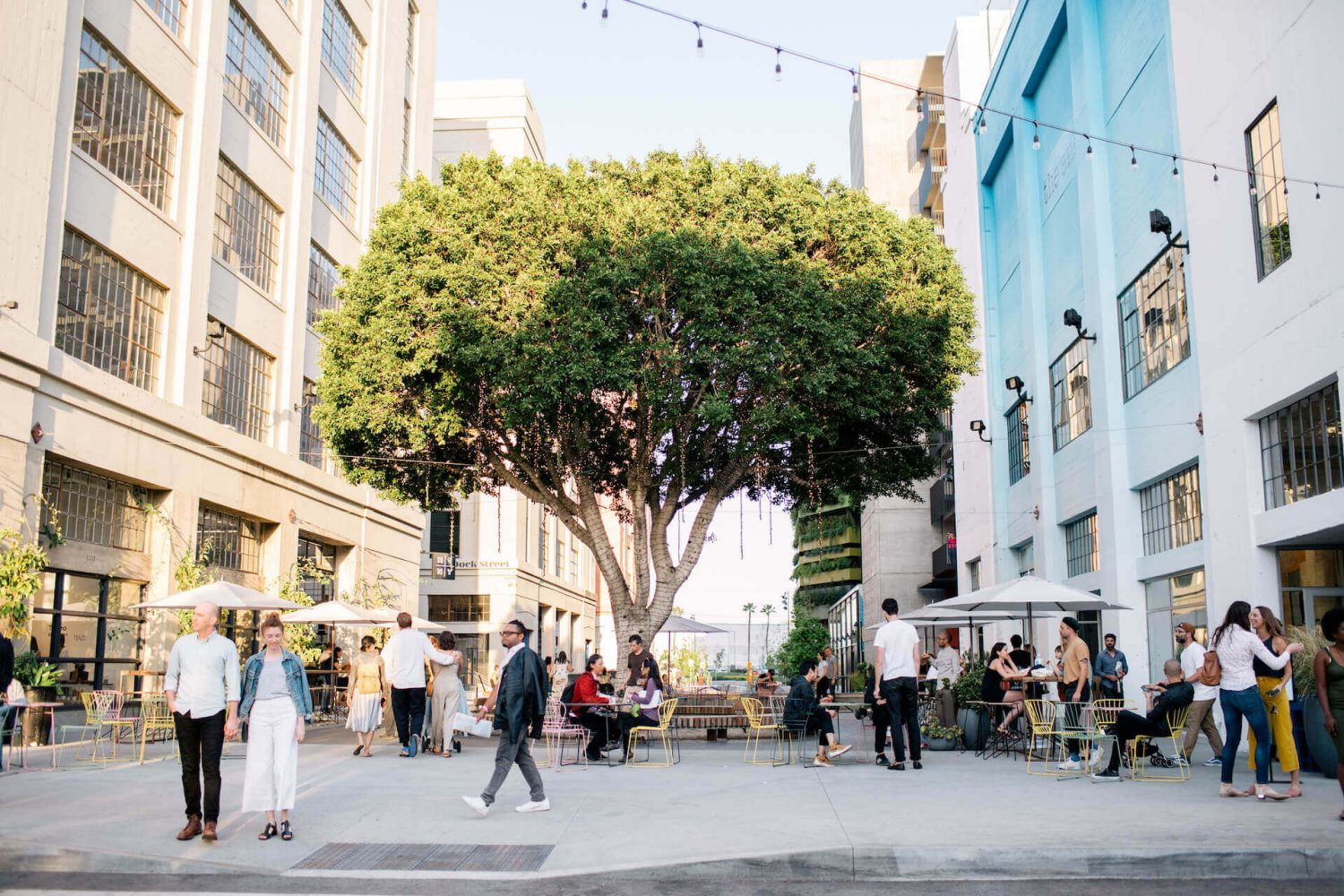 Los Angeles Design Festival 2019 event guide  los angeles design festival 2019 event guide LOS ANGELES DESIGN FESTIVAL 2019 EVENT GUIDE ROW LADesignFestival 1202LARGE