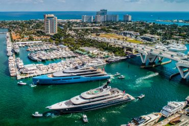 flibs 2019 FLIBS 2019: Find Out Here The Most Luxurious Pieces At Popular Booths flibs 2019 luxurious pieces popular booths  370x247