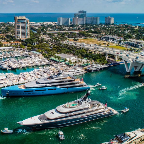 flibs 2019 FLIBS 2019: Find Out Here The Most Luxurious Pieces At Popular Booths flibs 2019 luxurious pieces popular booths  585x585