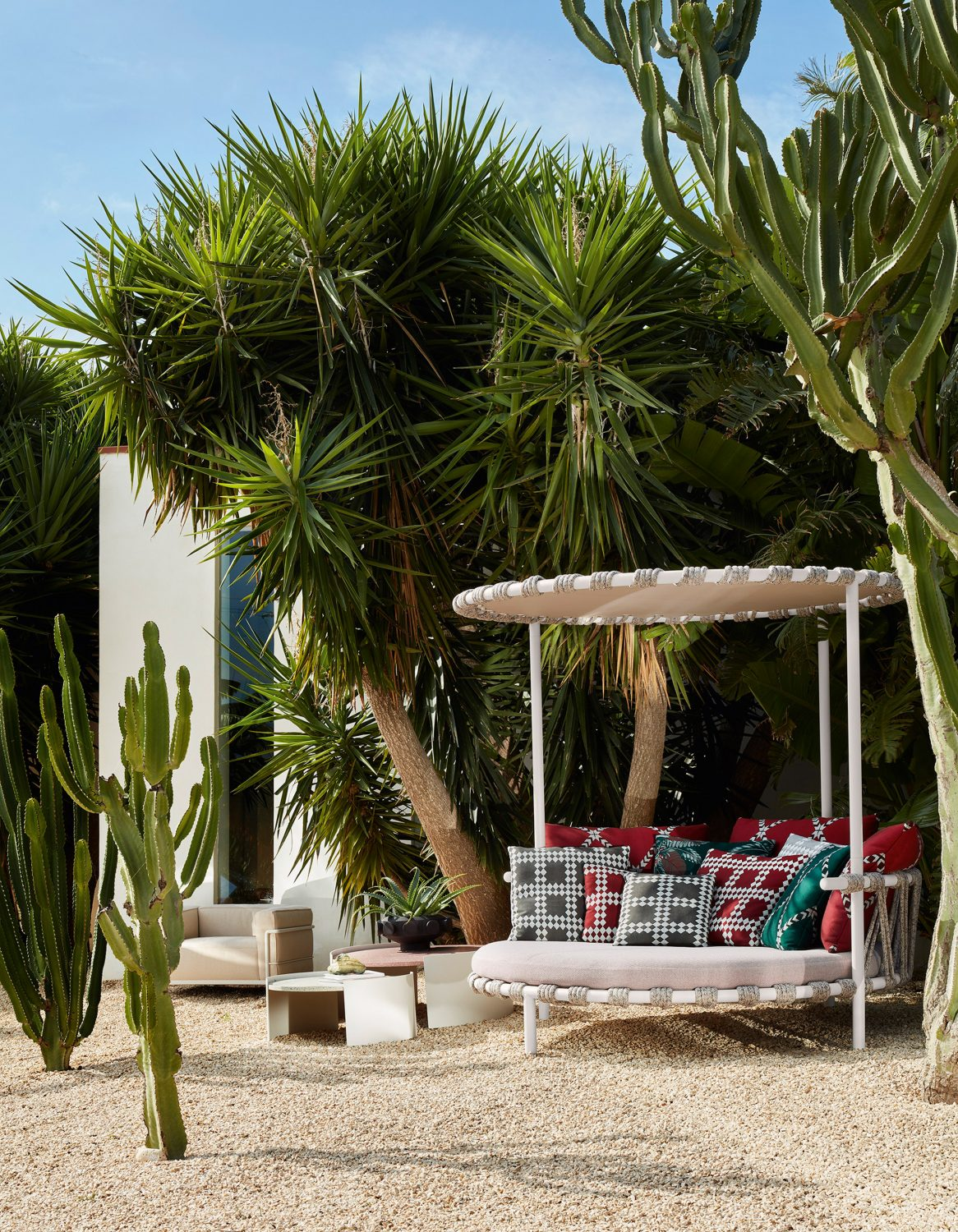 Cassina Unveils Outdoor Furniture Collection cassina Cassina Unveils Outdoor Furniture Collection cassina unveils outdoor furniture collection 3 scaled