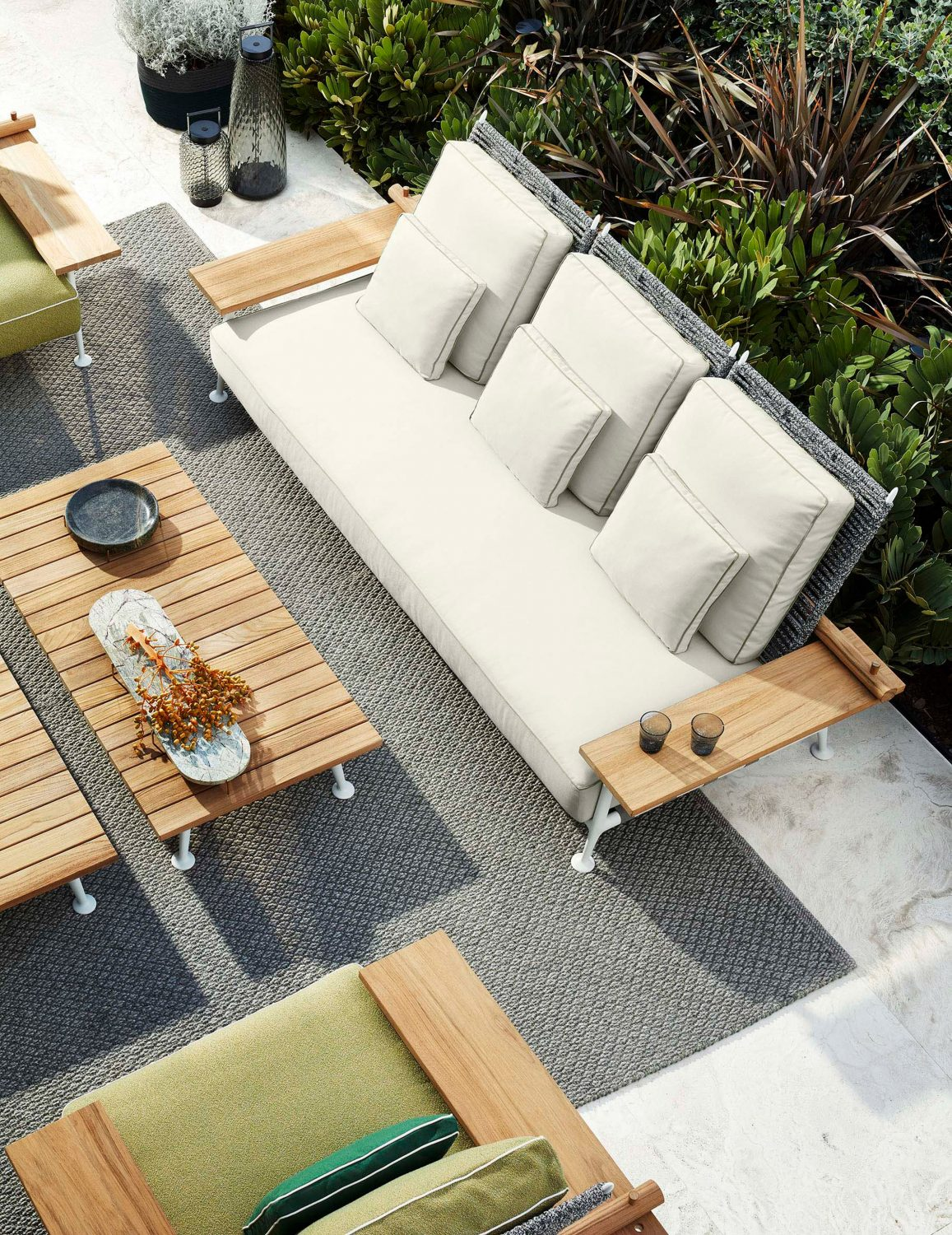 Cassina Unveils Outdoor Furniture Collection cassina Cassina Unveils Outdoor Furniture Collection cassina unveils outdoor furniture collection 5 scaled