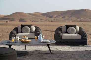luxury outdoor furniture Luxury Outdoor Furniture: Bring The Inside Out outdoor furniture 1 2 370x247