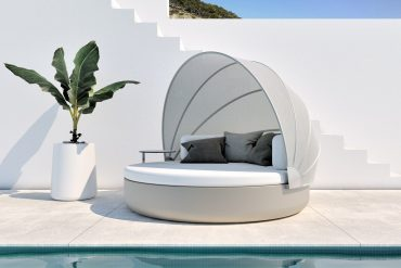 vondom Get Ready For Summer With Vondom's Best Outdoor Collections ready summer vondoms best outdoor collections 3 370x247
