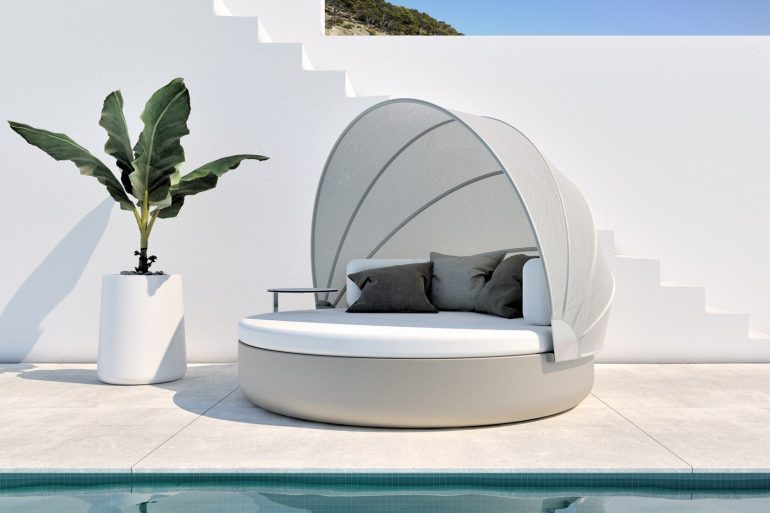 vondom Get Ready For Summer With Vondom's Best Outdoor Collections ready summer vondoms best outdoor collections 3 770x513
