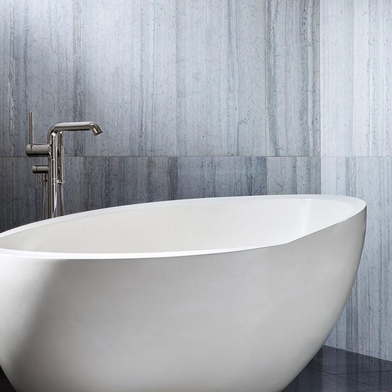 modern bathtubs 13 Modern Bathtubs To Buy Online 12