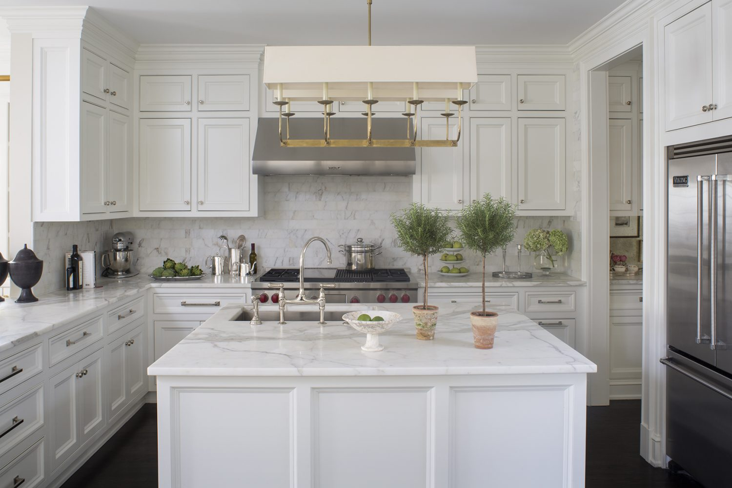wendy labrum Wendy Labrum Interiors: A Passion Born in Europe KitchenWide V2 LR scaled